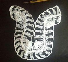 By Mariza Crochet Designer: Estamos fazendo outra dessa blusa em crochet grampo agora com a linha Charme da @circuloprodutos . Super encantada com o resultado bateu certinho. Confira o PAP dessa famosa blusa do Pinterest. Meu instagram ... @17mariza