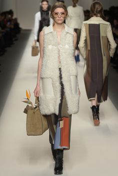 LOOK | 2015-16 FW MILAN COLLECTION | FENDI | COLLECTION | WWD JAPAN.COM