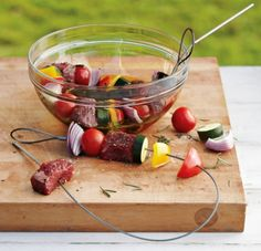 Need help #grilling? These flexible grilling #skewers from Williams-Sonoma will help you get the job done #faster - http://www.finedininglovers.com/blog/food-drinks/grilling-flexible-skewers/