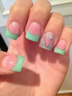 French tip/sparkle/heart