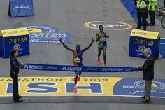 """What a finish! 2019 Boston Marathon Men's Elite Champ🥇"" Marathon Man, Boston Marathon, Patriots Day, Training Plan, Spring Day, Champs, Congratulations, Baseball Cards, Twitter"