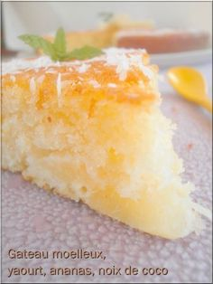 Sweet Cake with Yogurt, Pineapple-Coconut Source by Thermomix Desserts, Köstliche Desserts, Delicious Desserts, Dessert Recipes, Yummy Food, Desserts With Biscuits, Pastry Cake, Round Cakes, Yummy Cakes