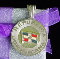 Vintage Dominican Republic Country Flag Sterling - Visit my Etsy shop: www.etsy.com/shop/AyQueBella