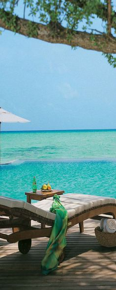 Taj Exotica Resort & Spa, Maldives...Looks like Heaven!!
