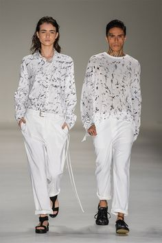 BRASIL S/S 16 | São Paulo Fashion Week | UMA | White and black