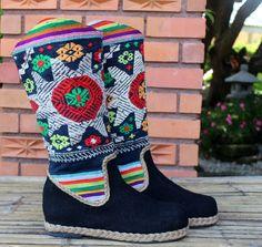 Womens Cowboy Boots In Colorful Ethnic Laos door SiameseDreamDesign, $72.00