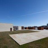 Pavilhão Multiusos de Lamego / Barbosa & Guimarães - Carolina Araújo e Catarina Ferreira TP3