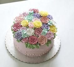 Cupcake Cookies, Cupcakes, Buttercream Flower Cake, Fondant Cakes, Cake Decorating, Food And Drink, Candy, Desserts, Birthday Cakes