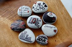 """collection """"black&red"""" ~ pebbles from Portugal, hand painted by Sabine Ostermann"""