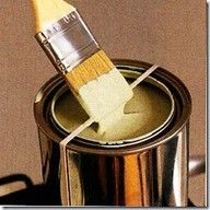 Wrap a rubber band around your paint can to wipe your brush…brilliant!