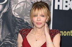 Courtney Love é processada por autor contratado para escrever sua biografia >> http://glo.bo/1PYoZwC