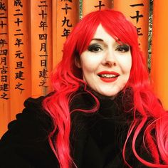 Shrine selfie! Had a #memoiresofageisha fan girl day. #fushimiinarishrine #lushwigs #kyoto #japan by hydraxia