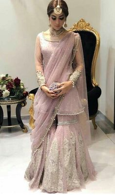 New wedding indian outfit saree Ideas New Wedding Dress Indian, Pakistani Wedding Outfits, Dress Indian Style, Pakistani Wedding Dresses, Indian Dresses, Indian Outfits, Indian Clothes, Dress Wedding, Desi Clothes
