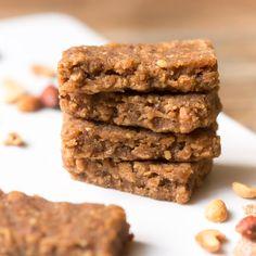 Smarta energibars av Finn Crisp Original Thins- bara 3 ingredienser Granola, Crisp, The Originals, Desserts, Prom Dresses, Food, Tailgate Desserts, Deserts, Essen