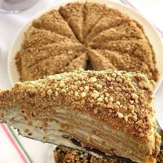 Image may contain: food and indoor Baklava Cheesecake, Turkish Recipes, Ethnic Recipes, Family Meals, Turkish Delight, Recipies, Food And Drink, Yummy Food, Bread