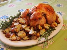 Tender, juicy whole roasted chicken recipe - video for trussing is good too Whole Roast Chicken Recipe, Whole Roasted Chicken, Chicken Recipes Video, Roast Chicken Recipes, Stuffed Whole Chicken, Healthy Chicken Recipes, Potato Recipes, Pork Recipes, Baby Food Recipes