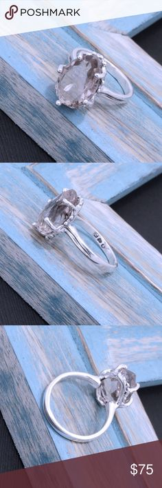 """950 Sterling & Topaz Ring Weighs 4.8 grams. Top Dimension: 17mmx13mm. Stamped """"950"""". Higher Sterling finess than 925 This is not a stock photo. The image is of the actual article that is being sold. Sterling silver is an alloy of silver containing 92.5% by mass of silver and 7.5% by mass of other mThe sterling silver standard has a minimum millesimal fineness of 925. The fitness on this ring is 950. All my jewelry is solid sterling silver. I do not plate. crafted in Taxco, Mexico. Jewelry…"""