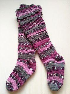 My new crochet knee-high socks