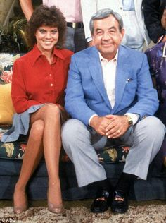 Erin Moran and Tom Bosley Joanie And Chachi, Happy Days Tv Show, Tom Bosley, Erin Moran, The Fonz, Laverne & Shirley, Mork & Mindy, Days Of Our Lives, Hollywood Actor