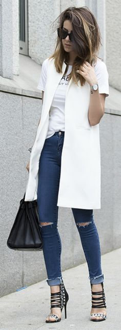 Skinnies and black heels are the ultimate summer look combined with a white vest and tee! Via Nicoletta Reggio Jacket: Zara, T-shirt: Choice, Jeans: Zara, Bag: Saint Laurent Sac du Jour, Shoes: Sarenza.it