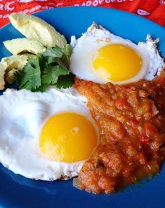 Huevos rancheros, Mexican breakfast recipes and Mexican breakfast on ...
