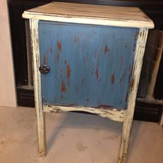 Cabinet painted Aubusson blue and old ochre