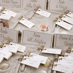 Sea themed wedding: ecort cards / Tableau mariage with seating place name