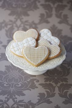 #CakeDecorating Lacy Heart #Cookies Pipe intricate designs and please your guests! #Issue47