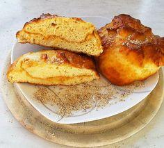 Süße Brötchen mit Erdnussbutterfüllung   Post-Workout Mahlzeit