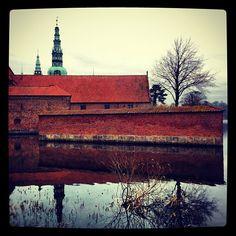 omkat #Copenhagen #fort #Danish #Fortress #castle #schloß #slot #hillerød #hillerødslot #frederiksborg #museum #spiegelung #reflection #insel #romantic #like #nature
