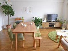 Home Living Room, Apartment Living, Living Room Designs, Living Room Decor, Living Spaces, Muji Home, Minimal House Design, Small Modern Home, Apartment Makeover
