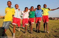 Young soccer players supporting their favourite team! Soccer Players, Good Mood, Backdrops, Sunshine, African, The Incredibles, Tours, Music, People