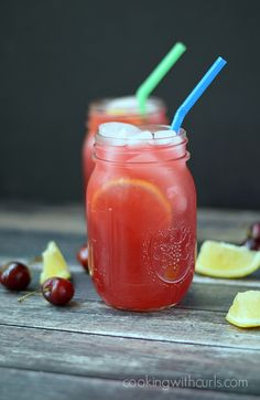 Cherry Lemonade | cookingwithcurls.com