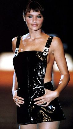 Helena Christensen - Gianni Versace Efterår / vinter 1994-1995