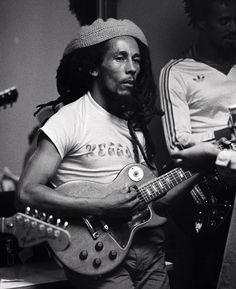 Rehearsal for the 1978 One Love Peace Concert, Jamaica Bob Marley Legend, Reggae Bob Marley, Bob Marley Pictures, Marley Family, Rasta Man, Reggae Style, Marley And Me, Jah Rastafari, King Robert