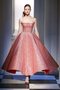 Thoughts on Valentine's Day & Oscar de la Renta's Fall 2017 Collection   The Simply Luxurious Life   Similar toLaura Kim and Fernando Garcia's debut as the creative talent behind Oscar de la Renta last night in New York City, Valentine's Day has high expectations that aren't always met. The talented duo offered the Fall 2017 collection immediately following their Monse fall collection, which was a first for the fashion industry; however, while […]