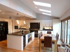 Kitchen diner extension, house extensions и conservatory kitchen. Kitchen Layouts With Island, Kitchen Island Table, Kitchen Corner, Living Room Kitchen, New Kitchen, Kitchen Ideas, Kitchen Decor, Living Rooms, Open Plan Kitchen Dining Living