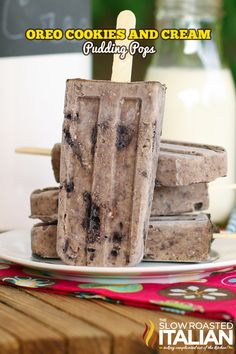 Oreo Cookies and Cream Pudding Pops