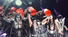 Kiss and Def Leppard both accepted Motley Crue's recent dare to participate in the ALS Ice Bucket Challenge  Read More: Kiss and Def Leppard Take the ALS Ice Bucket Challenge Together | http://ultimateclassicrock.com/kiss-def-leppard-ice-bucket/?trackback=tsmclip