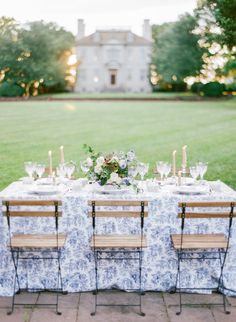 Blue and white floral styling by La Fleur du Jour Floral Style, Floral Design, Wedding Events, Weddings, French Wedding, French Countryside, Wedding Reception Decorations, Event Styling, Garden Wedding