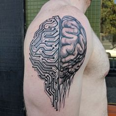 My circuit board brain by Joe Who at Pierced Hearts in Seattle WA Cyborg Tattoo, Cyberpunk Tattoo, Cool Small Tattoos, Cool Tattoos, Head Tattoos, Sleeve Tattoos, Tattoo Design Drawings, Tattoo Designs, Computer Tattoo