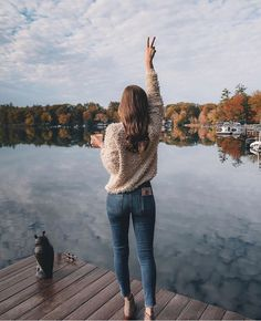 Image about girl in 📷Photos/places/views📷 by Tumblr Photography, Girl Photography Poses, Travel Photography, Picture Poses, Photo Poses, Photo Pour Instagram, Fall Photos, Image Hd, Aesthetic Photo