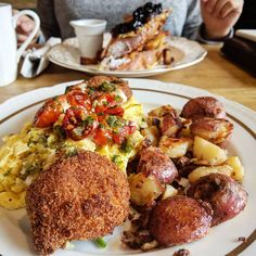 15 new restaurants to check out in March Ashley Thompson, Food Photo, Toronto, Brunch, Ethnic Recipes, Restaurants, March, Check, Restaurant