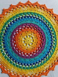Crocheted mandala doily hecho a mano arco iris colores Crochet Coaster Pattern, Crochet Rug Patterns, Crochet Mandala Pattern, Crochet Borders, Crochet Designs, Dress Patterns, Knitting Patterns, Thread Crochet, Diy Crochet
