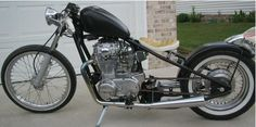 Yamaha 650 Black Bobber Motorcycle
