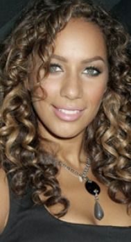 Soft Summer can sometimes take taupe-y highlights, but nothing resembling yellow or orange.