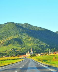 9 Stunning roads in Romania that you should drive on Romania, Monument Valley, Backdrops, Road Trip, Country Roads, Places, Travel, Trips, Traveling