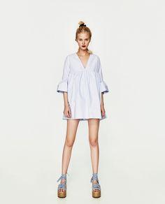 Robe combinaison à manches volantées Zara | 29,95€