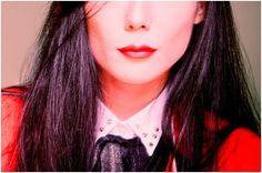 """O batom vermelho perfeito, inspirado em """"Red"""" da HyunA"""