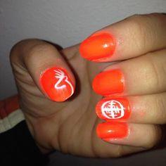 Blaze orange hunting nails with deer head and crosshairs